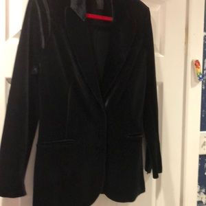 New without tags velvet blazer